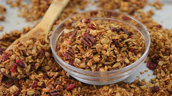 Easy and Healthy Homemade Granola Recipe