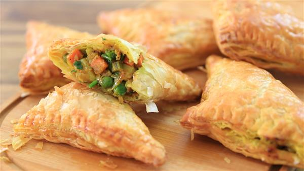 Easy Vegetable Curry Puffs Recipe